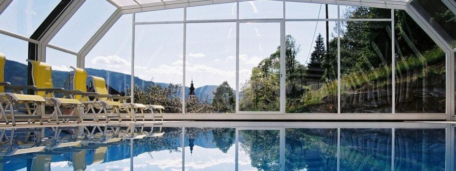 Überdachbarer Pool beim Hotel Stigenwirth und Landhaus Ingrid. ©Hotel Stiegenwirth